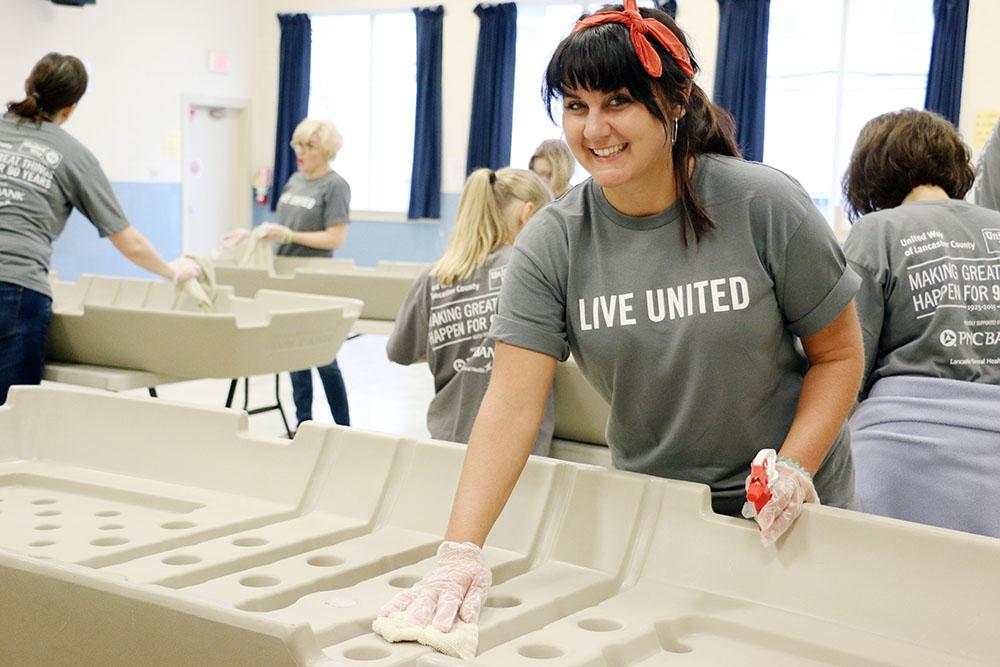 >Volunteer Center